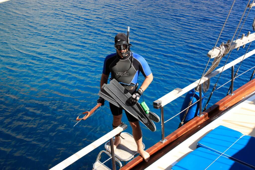 Activities I Diving in crystal clear waters by Princess Funda Gulet Yacht Marmaris Turkey