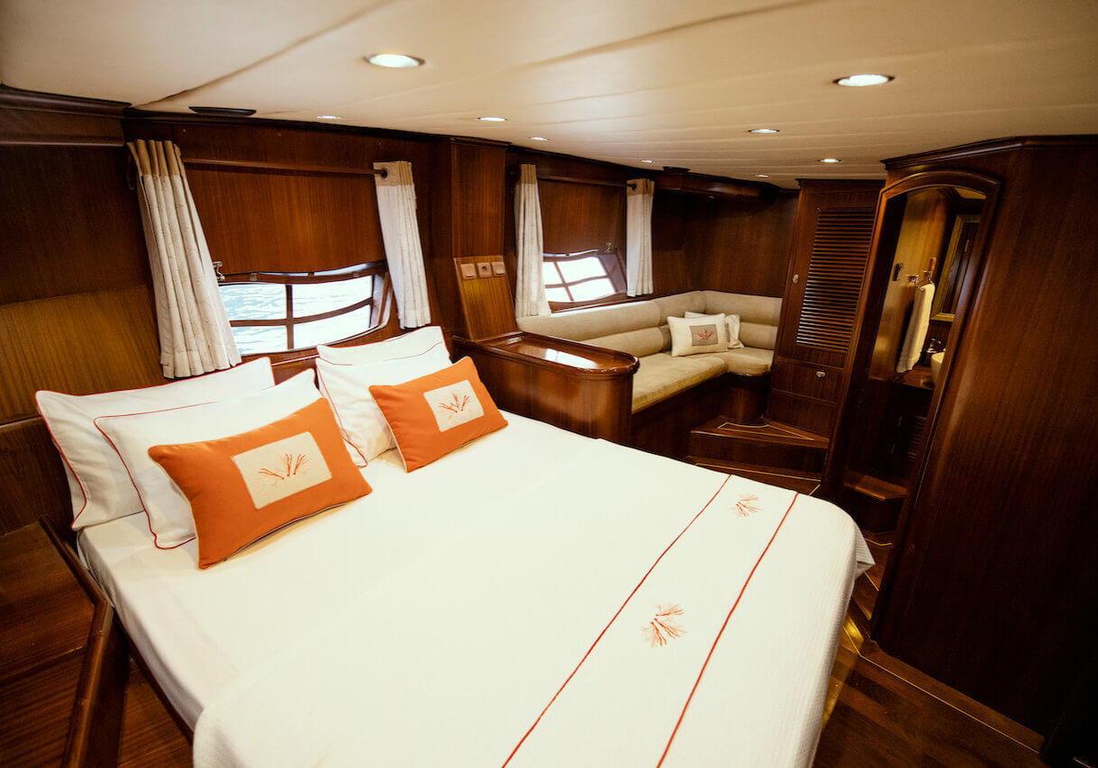 Luxury Princess Funda Yacht I Comfortably Master Cabin with ensuite facilities